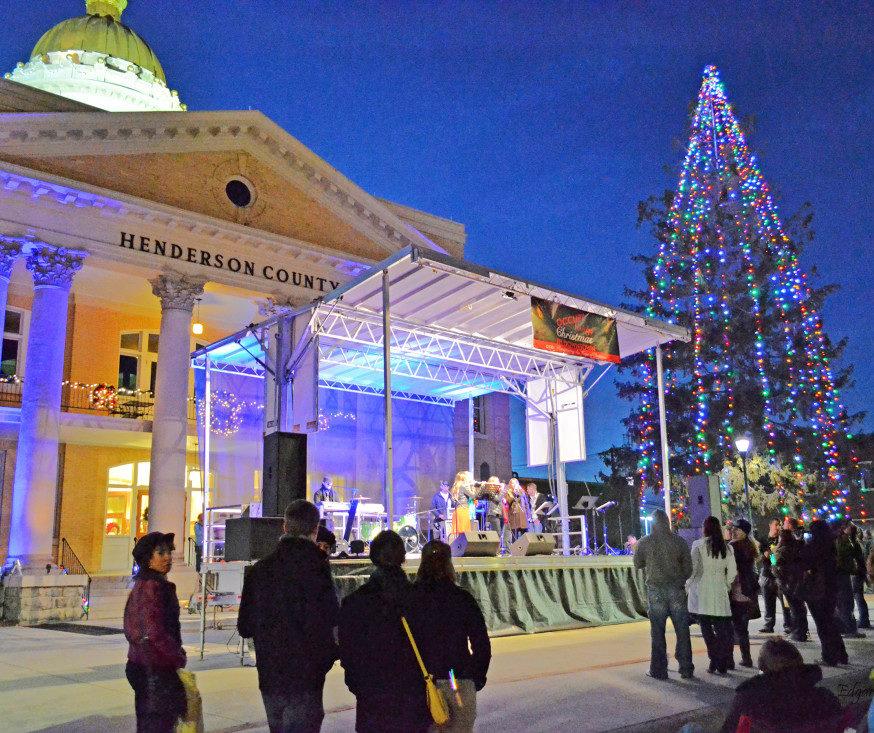 & Holiday Street Lighting in Hendersonville - Hendersonville.com azcodes.com